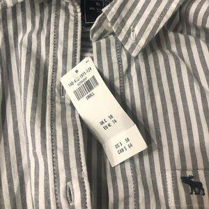 Abercrombie women's long sleeve shirts (XS S)